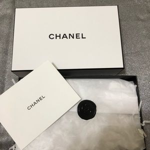 Handbags - Chanel gift box